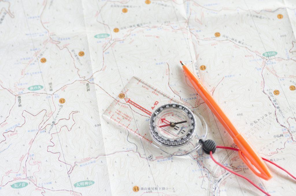 タクシー運転手のスキルアップ|地図の読み方と活用法