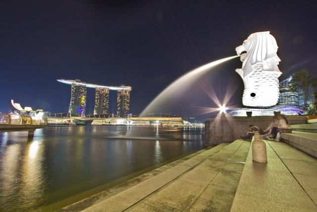 シンガポールのタクシー事情を知る