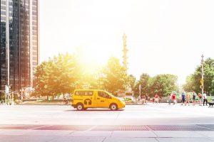 神奈川県でタクシー運転手になっても問題なし! その理由と他県との違いを解説